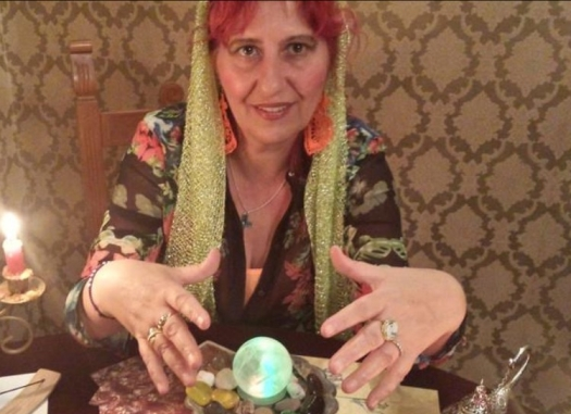Lorette DaVinci Spell Casting and Readings